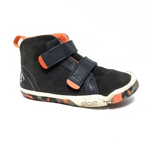 {PLAE} MAX Kid's Gray Suede High Top Sneakers 10.5